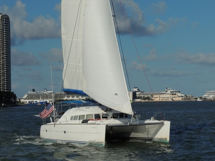 40 ft catamaran for charter in Miami