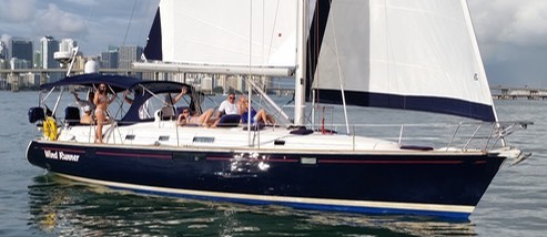 sailing-in-miami-biscayne-bay